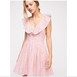 ❕NWT : FREE PEOPLE HEARTLINES mini dress